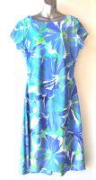 Ladies' Size XL - Tropical Blue Flowers